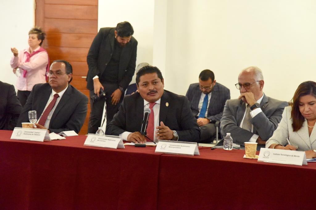 Participa rector Dr. José Antonio Ruz Hernández en reunión de ANUIES sobre política salarial y financiamiento a universidades.