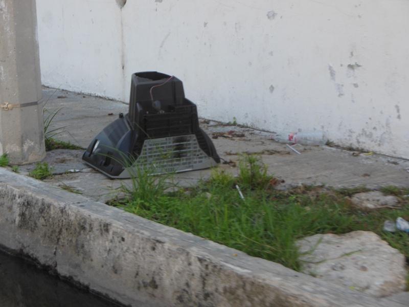 Calles como la 55, 53, 53ª de la colonia Morelos requieren trabajos de servicios públicos y obras públicas
